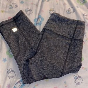 Victoria's Secret Gray Knockout Crop Leggings
